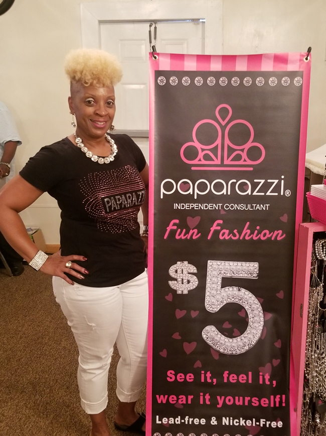 Paparazzi independent consultant Fun fashion 5 dollars. See it, feel it, wear it yourself! Lead & Nickel-free.